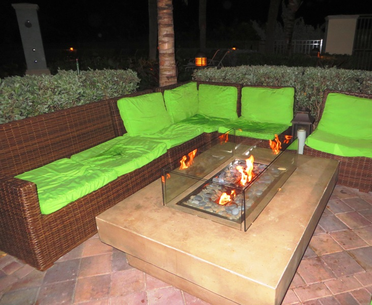McCoy's Oceanfront Outdoor Fire Pit Lounge