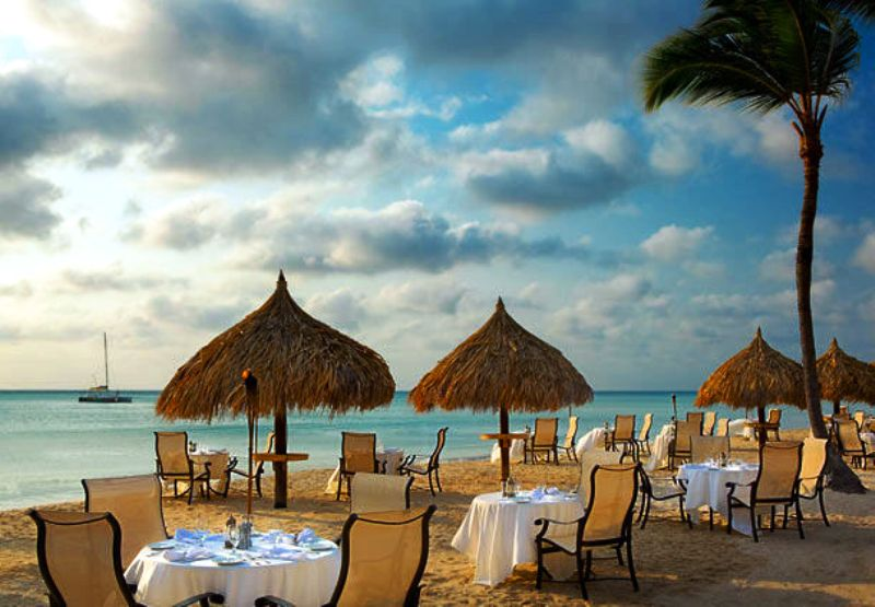 Spring Break Vacation - outdoor dining - courtesy of Aruba Marriott Resort -Stellaris Casino
