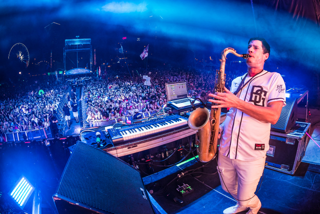 Big Gigantic (3)