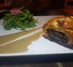 Petit Beef Wellington at cocina abierta puerto rico