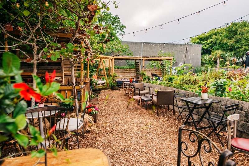 Wynwood Yard Summer Preview – The British Garden at The Wynwood Yard by Masson Liang