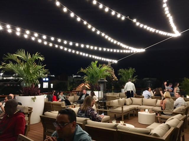 Rooftop vibes at Paddlefish Orlando