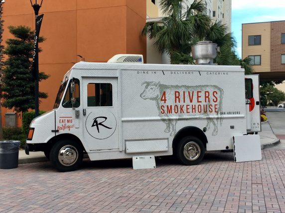 4Rivers Smokehouse Food Truck