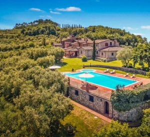 best villas in tuscany