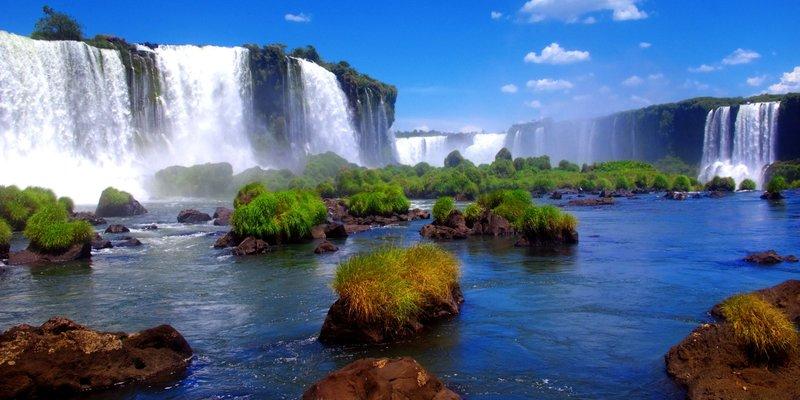 beautiful places iguazu falls