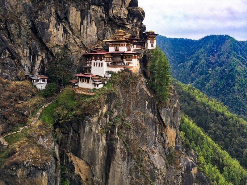 beautiful places taktsang monastery