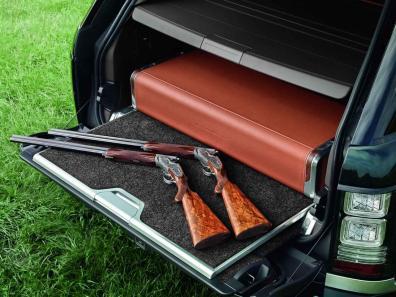 Luksuzni SUV-i radi hitro položijo orožje