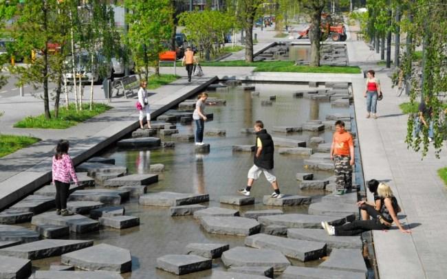 Ulica razbit kamnov, Enschede, Nizozemska