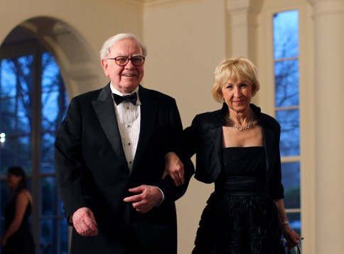 Warren Buffett in Astrid Menks