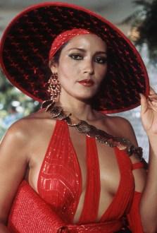 1983: Barbara Carrera kot Fatima Blush (Nikoli ne reci nikoli)