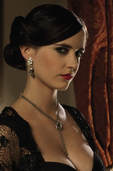 2006: Eva Green kot Vesper Lynd (Casino Royale)