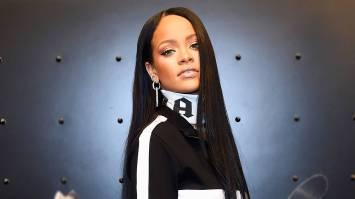 Rihanna ima za sabo izjemno leto. Blestela je tako na glasbeni kot na modni sceni.