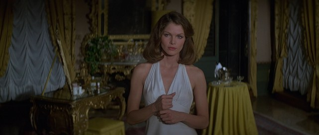 1979: Lois Chiles kot Holly Goodhead (Operacija vesolje)