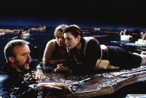 Titanic (Titanik, 1997): James Cameron, Leonardo DiCaprio in Kate Winslet
