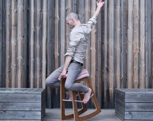 Muista: stol za aktivno sedenje