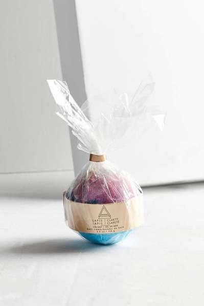 Kopalna bombica Adorn Bath Bomb (7 evrov)