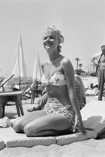 1958: pojav bikinija v južni Franciji konec 50. let prejšnjega stoletja
