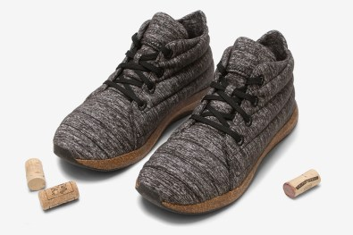 united-by-blue-jasper-wool-eco-chukka-shoes-2