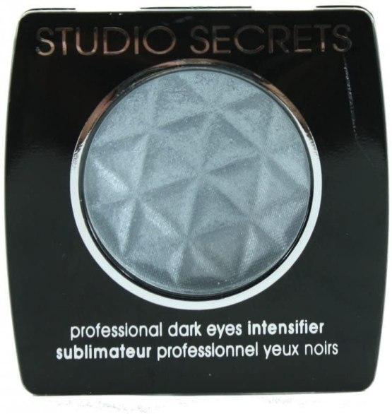 L'Oreal Studio Secrets Eyeshadow 650 Dark Eyes, Silver Eye Colour