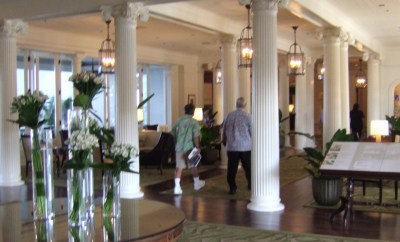 moana surfrider westin on cash & points