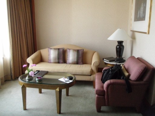 Sheraton Grande Sukhumvit Grande Deluxe King Suite living room