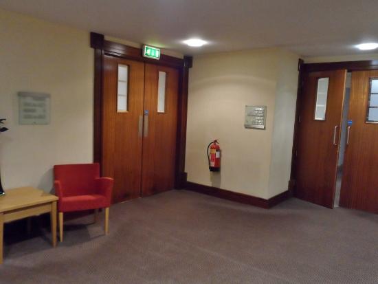 Radisson Blu Limerick Hotel & Spa hallway