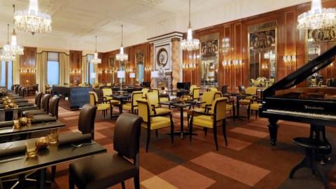 Hotel-Bristol-Wien-Restaurant-mit-Fluegel-HD