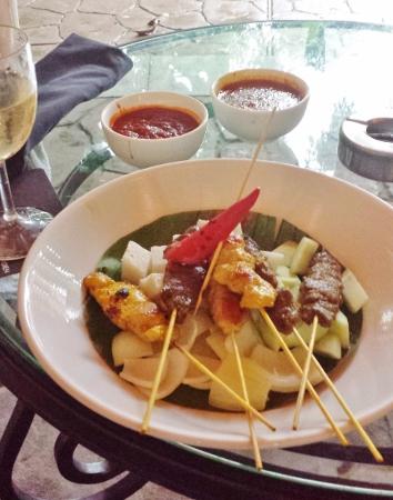 Le Meridien Kuala Lumpur Patio Bar Satay