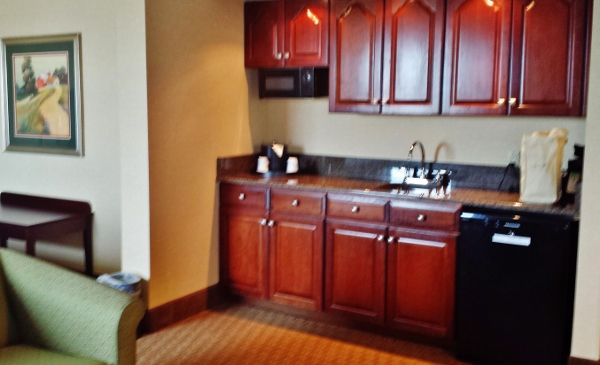 Hampton Inn Staunton Virginia Deluxe Room kitchnette