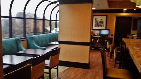 Hampton Inn Staunton Virginia Dining Area