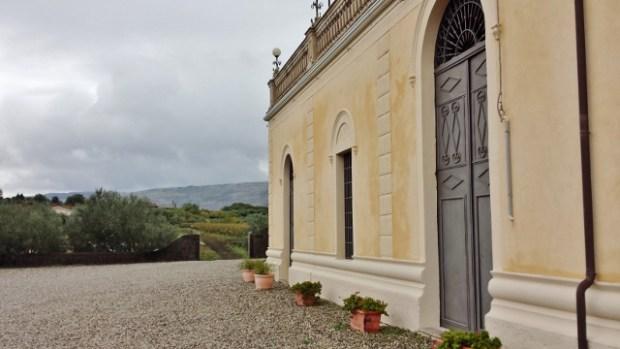 Sicily Wine Tour Fuedo Vagliasindi ground floor exterior