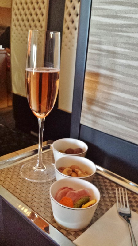Etihad A380 First Apartment JFK-AUH inaugural rose champagne snacks
