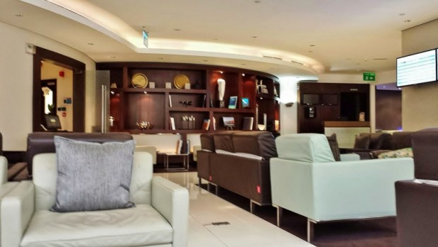 Etihad Abu Dhabi Lounge Business & First Class Terminal 1 seating