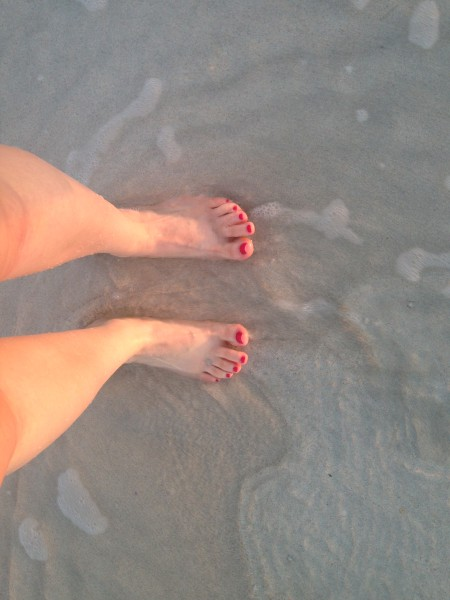 Toes in the abu dhabi sand