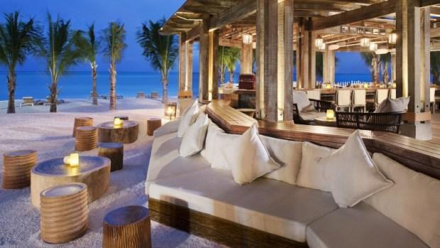 ST Regis Mauritius Boathouse Bar