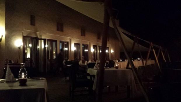 al maha resort dubai al dinaawan restaurant
