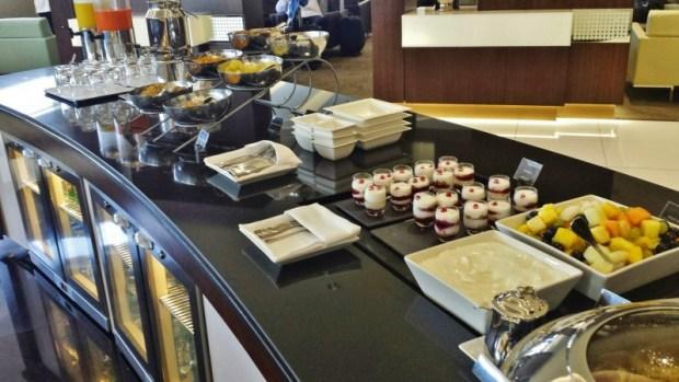 etihad premium lounge abu dhabi terminal 3 food