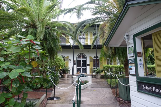 hemingway house entrance key west florida