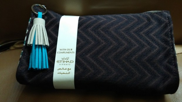 Etihad First LAX AUH amenity kit