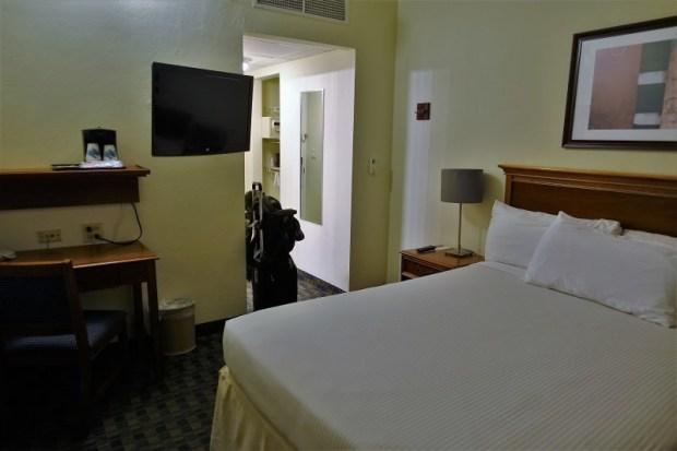 San Juan Airport Hotel Review queen room alt view
