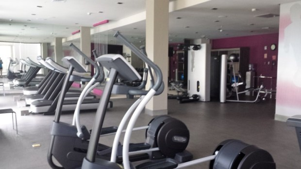 Crowne Plaza Panama Airport Hotel gym eliptical