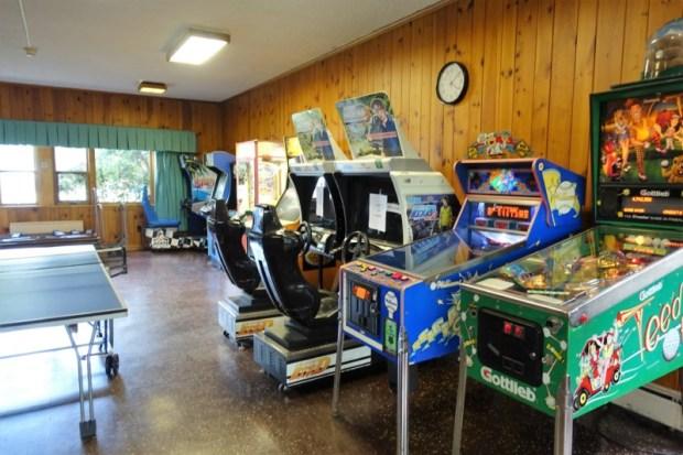 blackwater falls lodge gameroom
