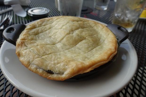 blackwater falls lodge smokehouse restaurant pot pie