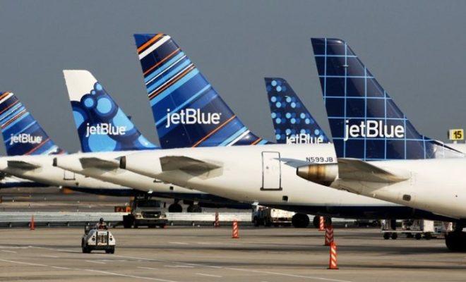 jetblue-tailfins-blueberries