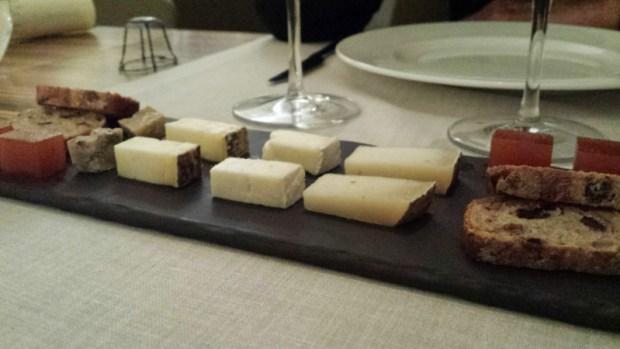 hotel-mastinell-vilafranca-del-penedes-restaurant-cheese
