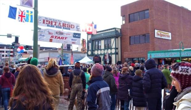 2016 Iditarod Race starting line