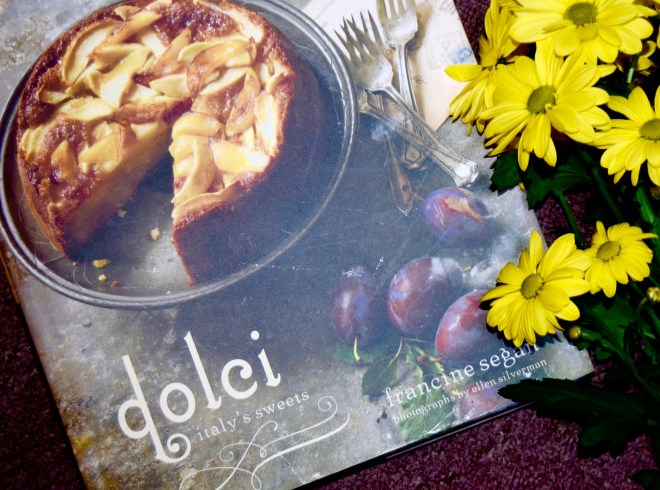 Dolci: Italy's Sweets by Francine Segan