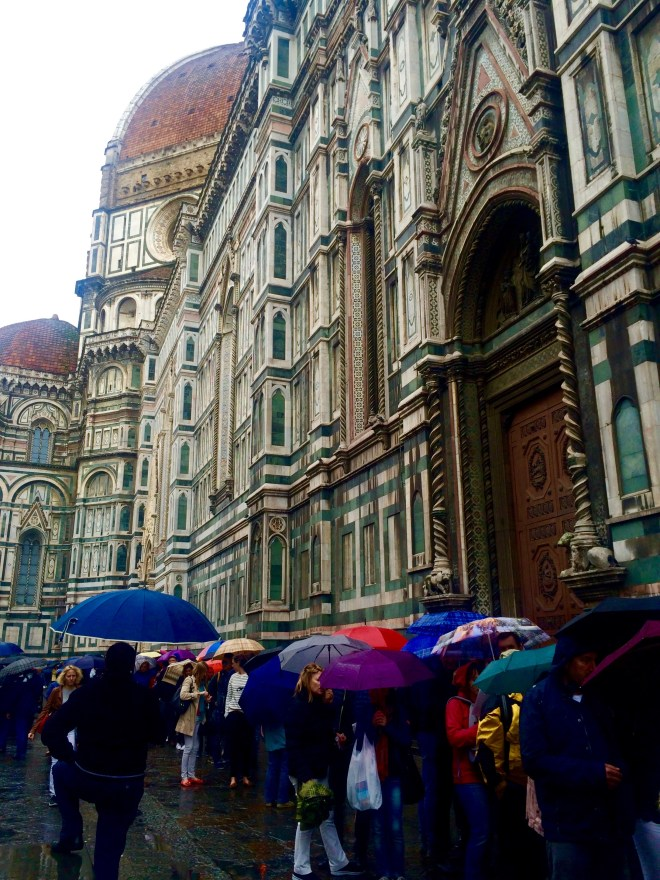 Queues outside Il Duomo, Florence