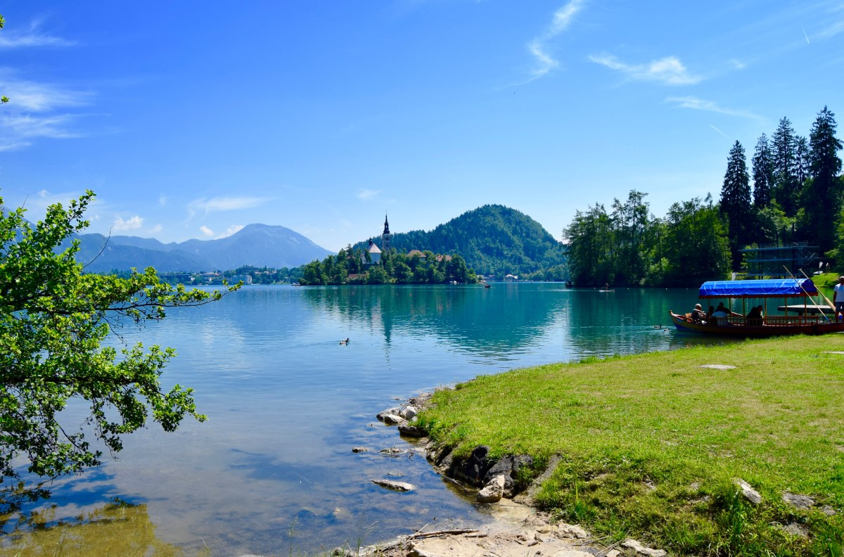 From Lake Bled to Postojna Caves: The Best of Slovenia in a Day!