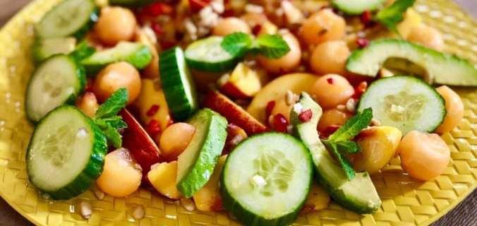 Zomerse salade voor bij de BBQ